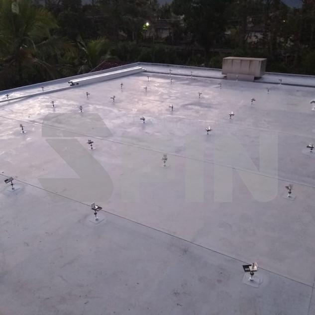 Estrutura Laje com Manta de Isolamento - Sistema com Fuso Laminador e Trilho