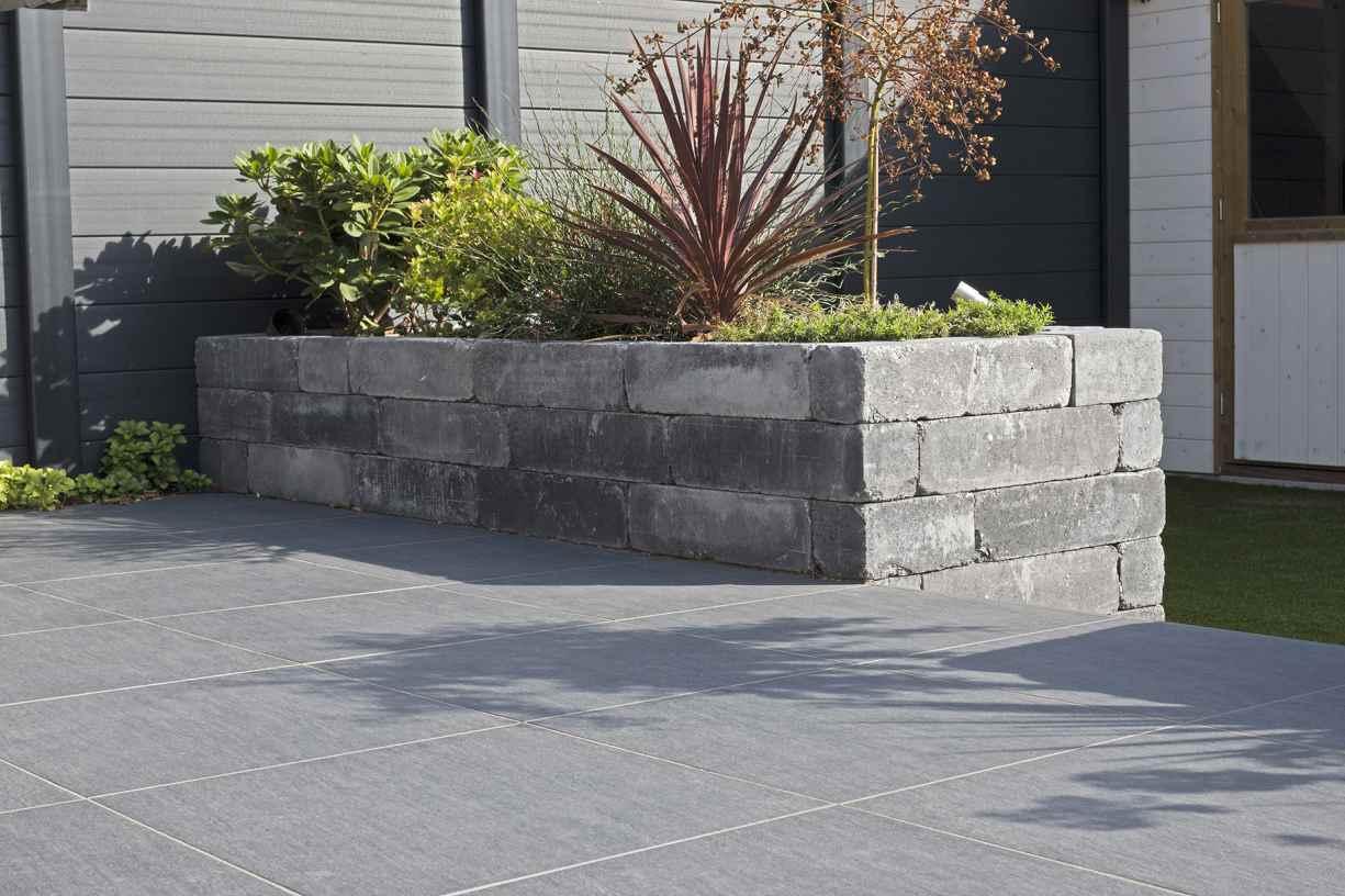 8101559 Blockstone Gothic_Anwendung_18_LR