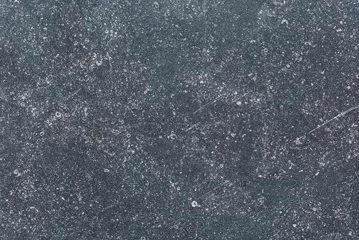 Belgian Blue soft finish laminato