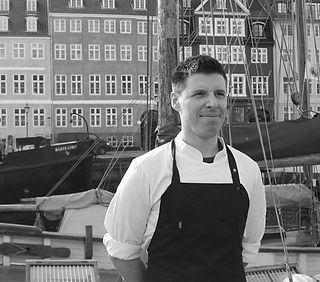 This is Christian, our kitchen head chef, havfruen Christian Reimann