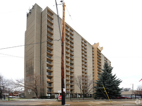 CMHA Addison High Rise