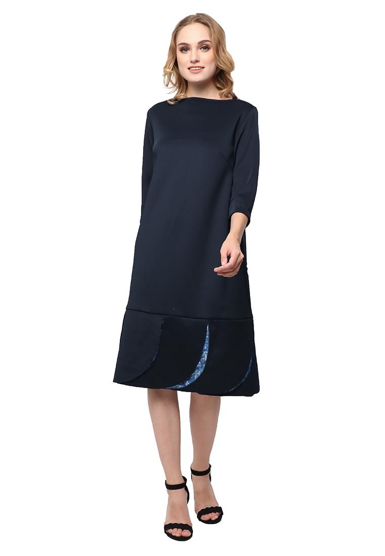 kani dress1