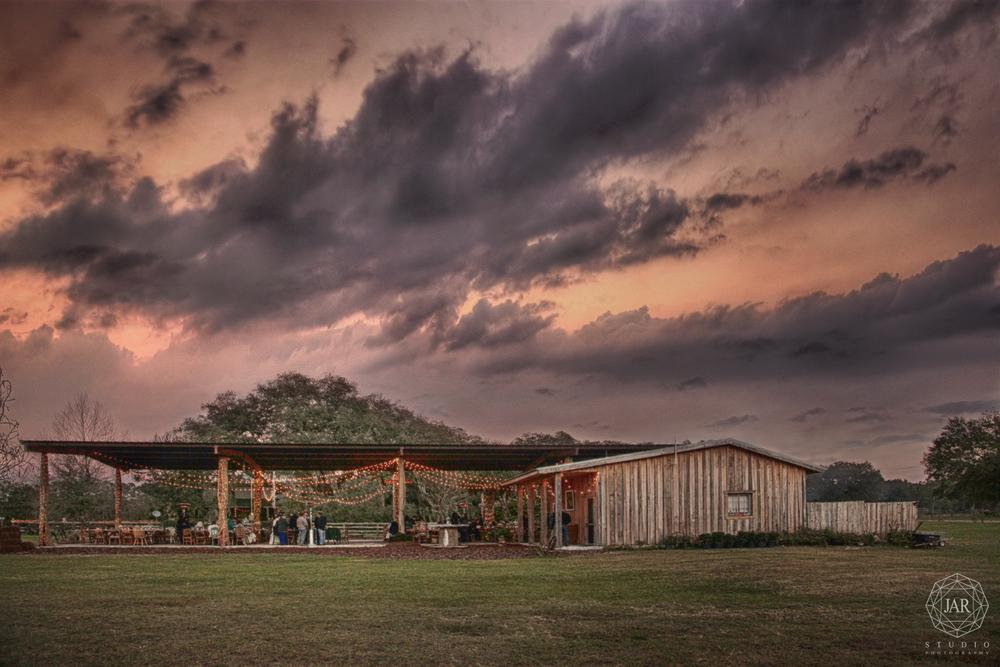 15-orlando-best-venue-sunset-wedding-isola-farms-jarstudio