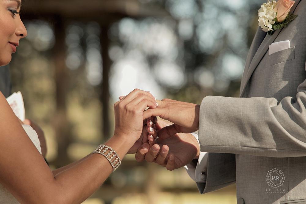 10-bride-groom-ceremony-ring-i-do-isola-farms-jarstudio - Copy