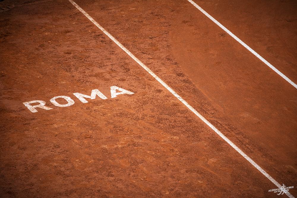 Roma court