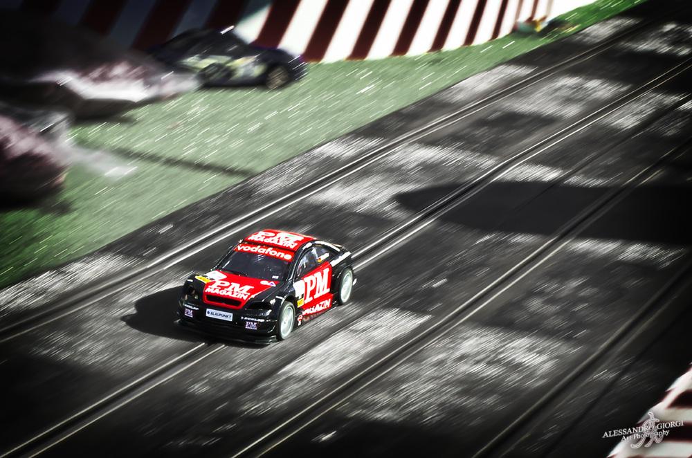 Micro-race