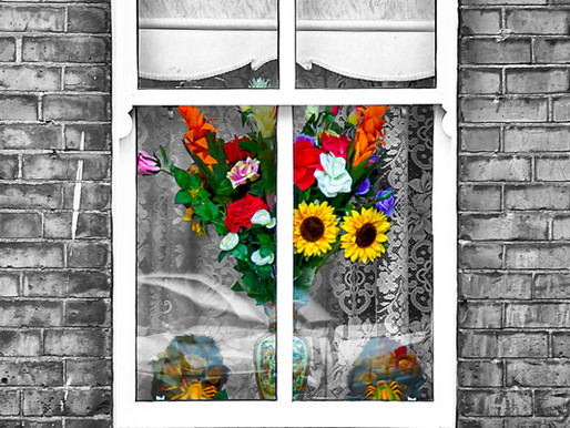GOONART - Spring on the window