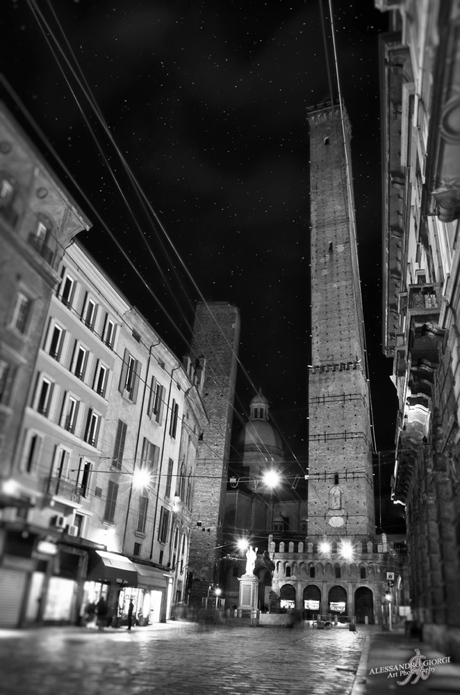 Bologna in the dark