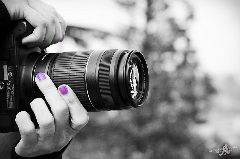Photography ....... is female!