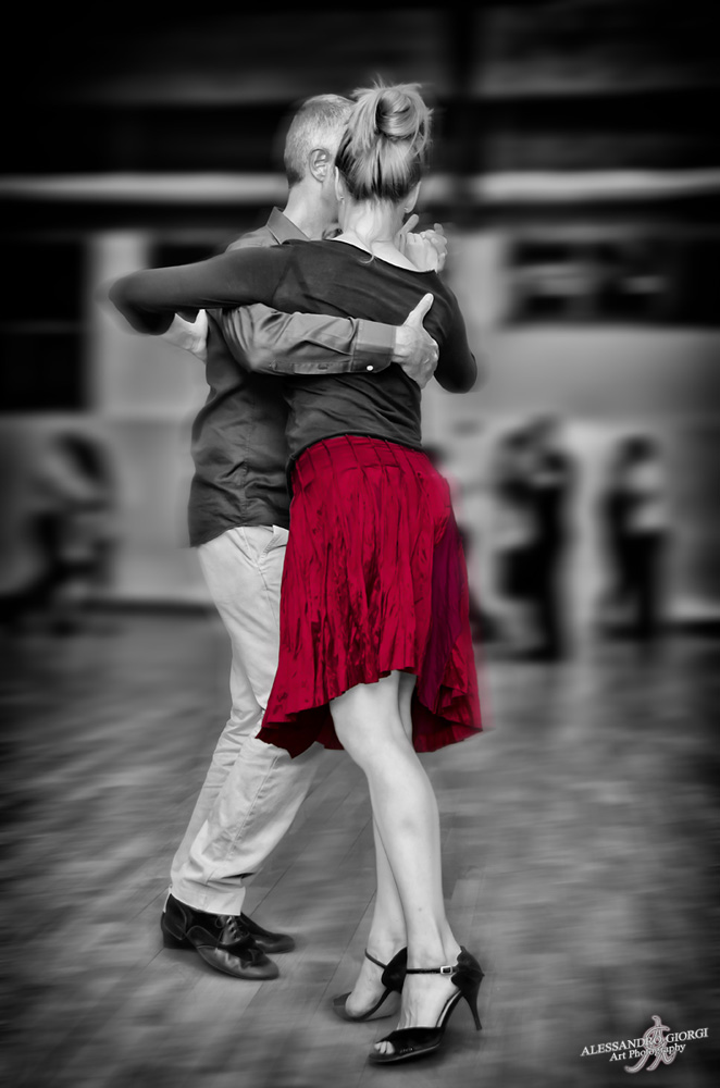 Tango in red