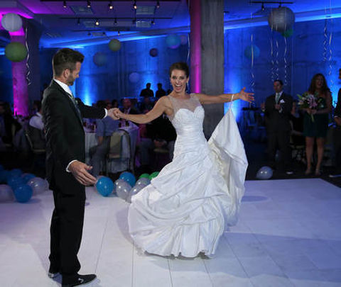 bride-groom-dance.jpg
