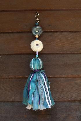 L- Turquoise Pompom