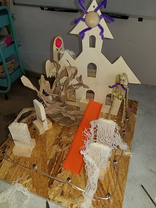Sat. 10/23- Build a Story- A haunted House