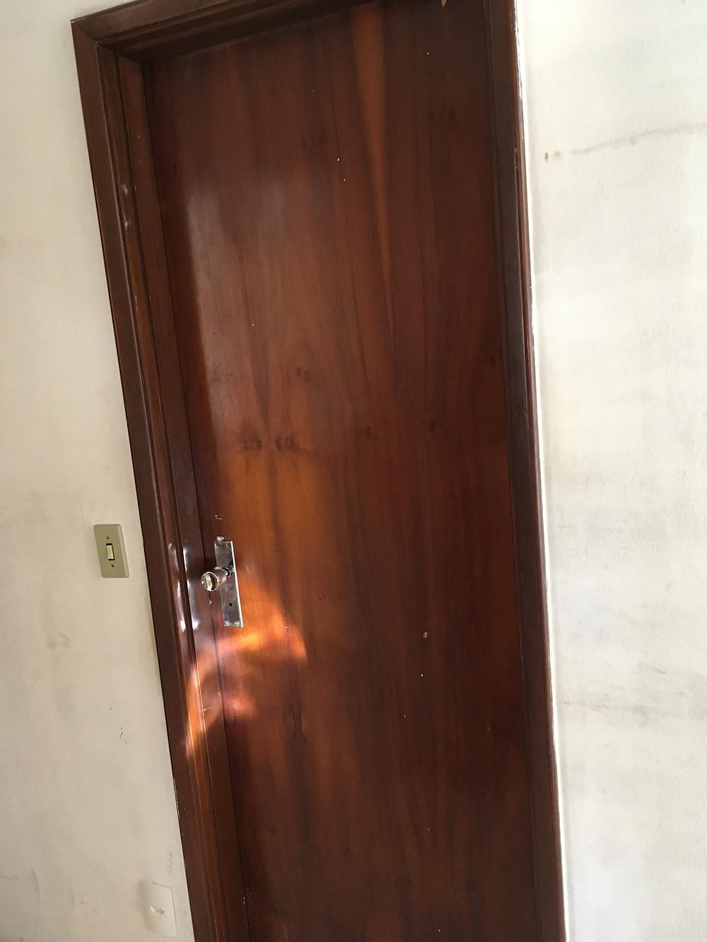 porta-de-madeira-antes