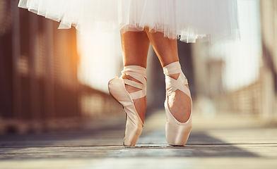 Dance%20Physio_edited.jpg