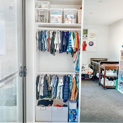 declutter organise kids clothes