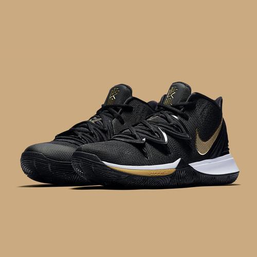 2fd7f62b2bc Nike Kyrie 5