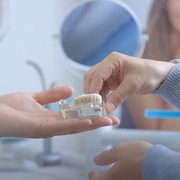 Zahnmedizinische Fachangestellte.jpg