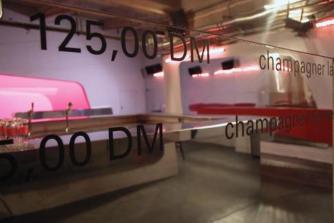 Bar in München / studioacht - Suzanne Faltenbacher