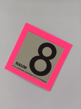 studioacht - Club Raum 8 - Corporate Design