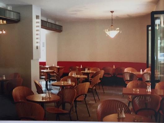 studioacht / Café Atlas München