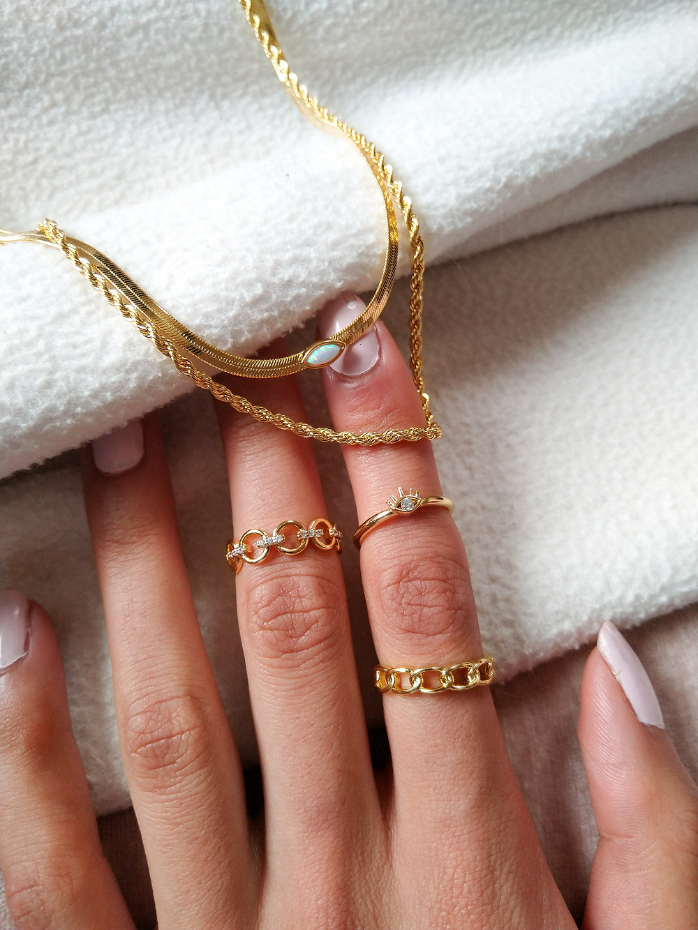 gold chains and rings