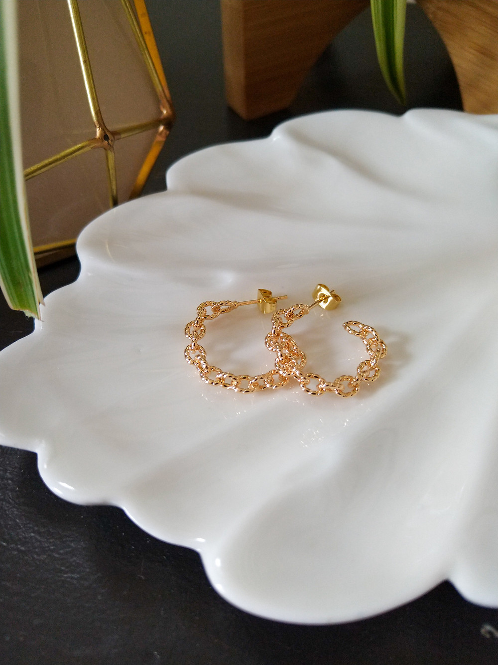 gold, fine jewlery created by a woman small owned business in toronto canada