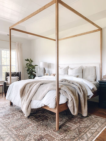 four poster bed.jpeg