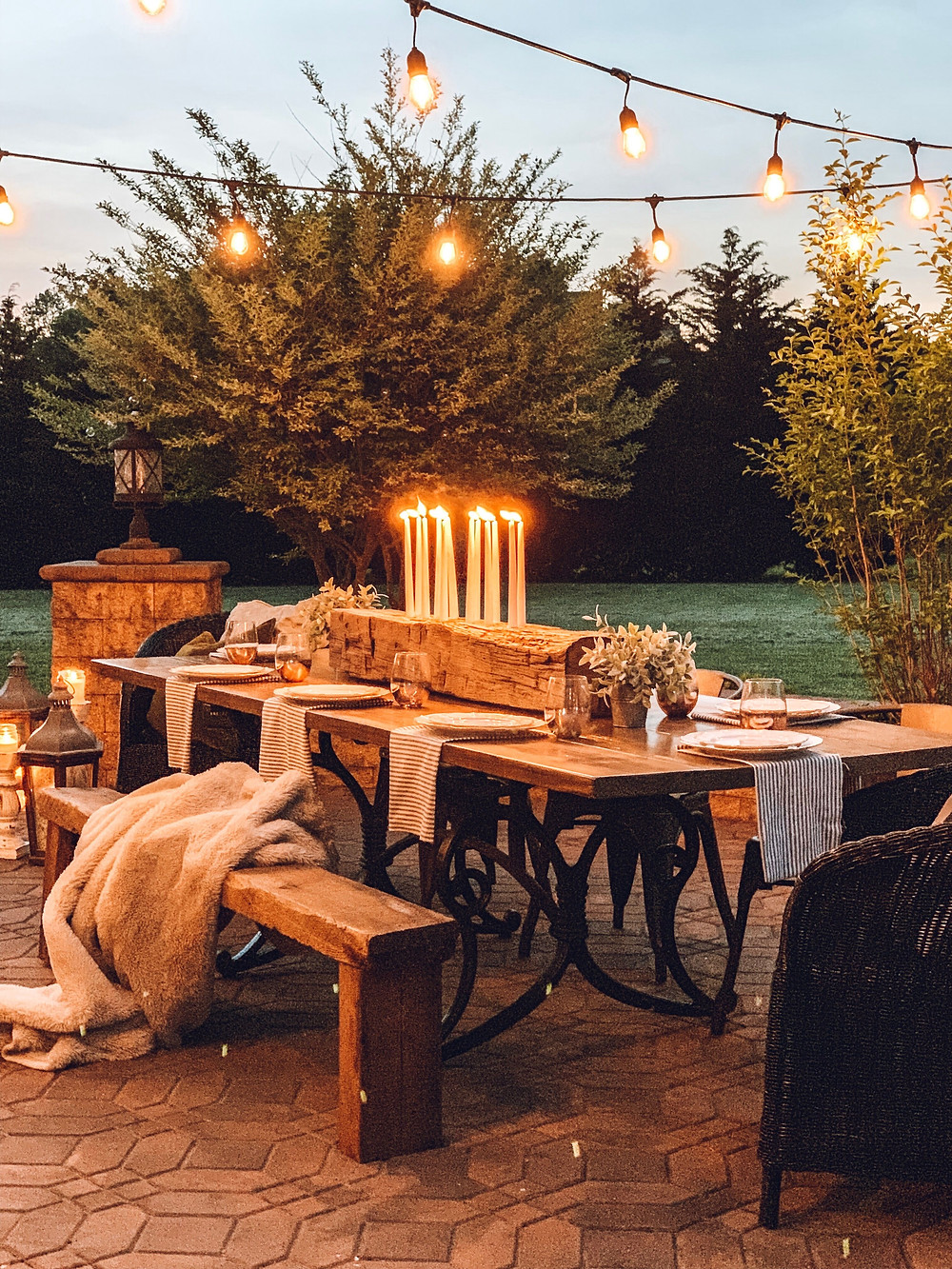 patio makeover, patio refresh, outdoor dining, simple farmhouse decor, the simple farmhouse, DIY outdoor dining space