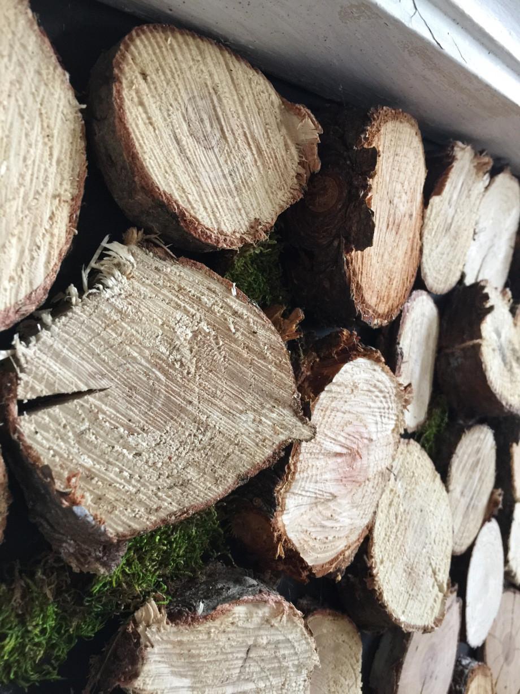 wood slice mantel, mantel filler, mantel decor, the simple farmhouse