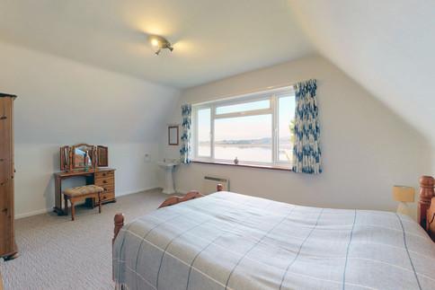 Pier-Master-Bedroom-2-WEB-2400.jpg