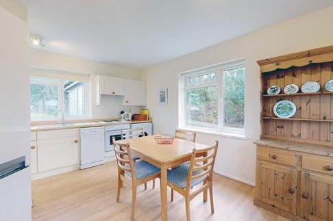 Curlew-Kitchen-3-WEB-2400.jpg