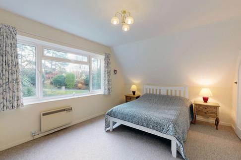 Curlew-Master-Bedroom-WEB-2400.jpg