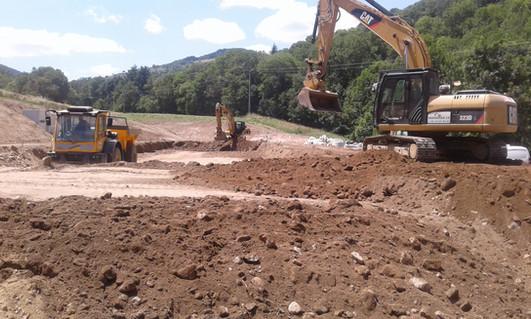 Terrassement pour la création d'une Station d'épuration Plantée de roseaux à St Sauveur en Rue