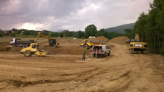 Terrassement pour la création d'une STEP Plantée de roseaux à Chuyer