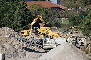 Plateforme de recyclage et valorisation des déchets de chantier de Montagnier TP à Pélussin et St Chamond dans la Loire