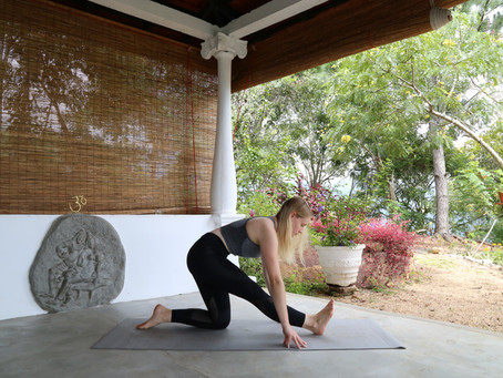 5 Alternative Yoga Poses To The Splits