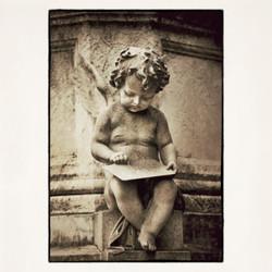 20x20 Writing angel