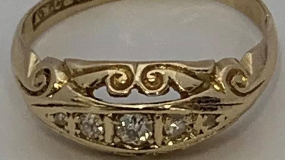 Antique 18ct Gold Diamond Ring. Chester Hallmark