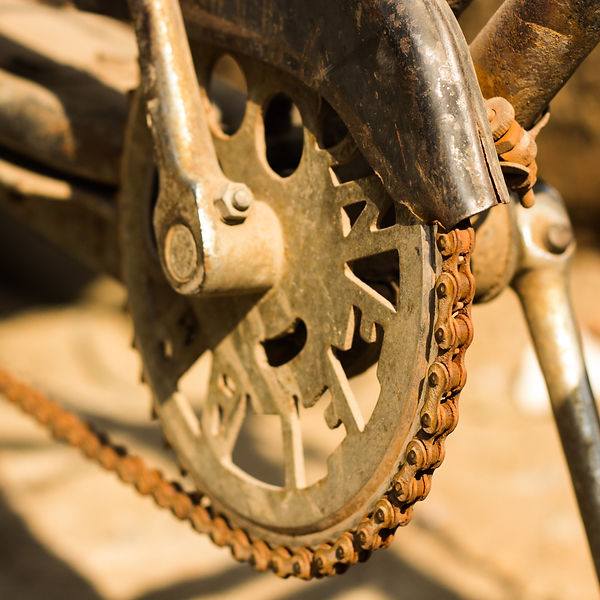 bicycle-chain-3758685_edited_edited.jpg