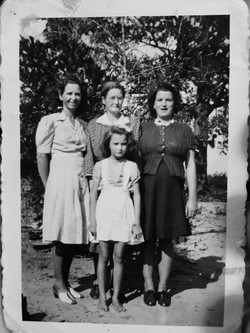 Bobbie with her sisters