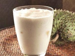 Yogurt de cabra, guanábana