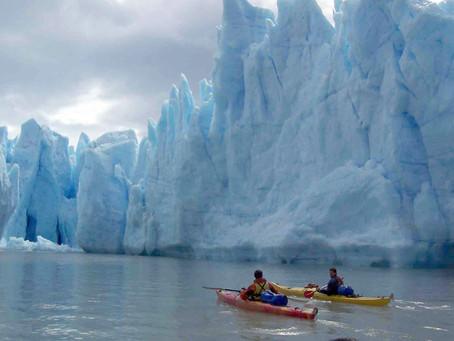 Kayak en las inmediaciones del Glaciar Grey