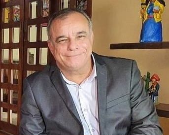 Jornalista tem morte cerebral após complicações da Covid-19