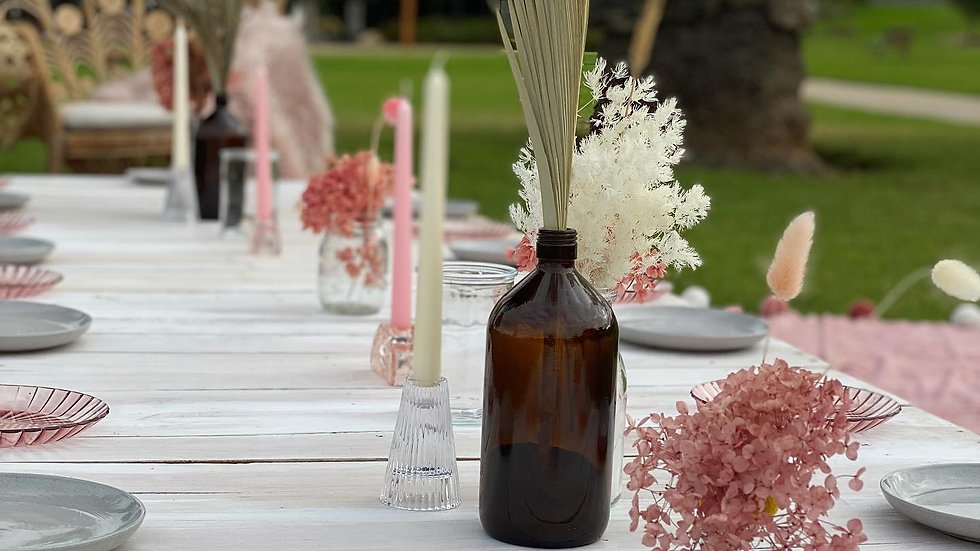Picnic Setting for up to 22 guests