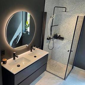 Mirrors 6.jpg