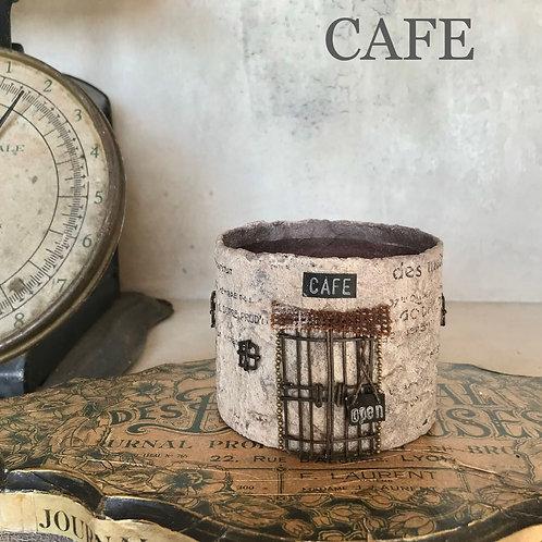 CAFE&BAR《BROCANTE》