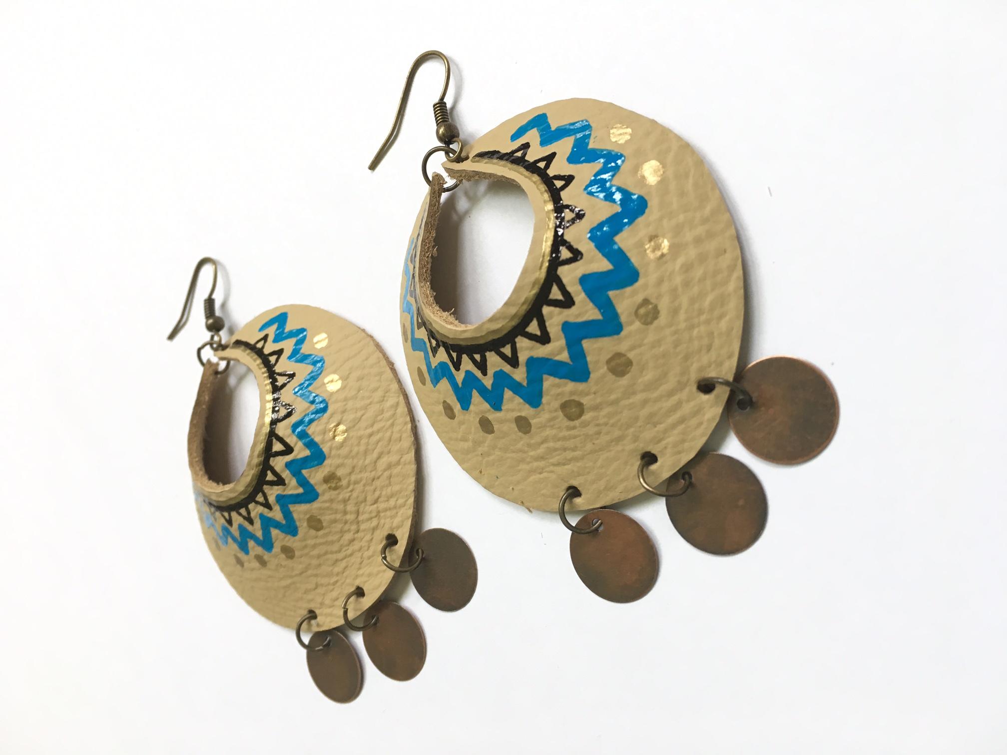 Ojibwe blue Yum Hoops - large