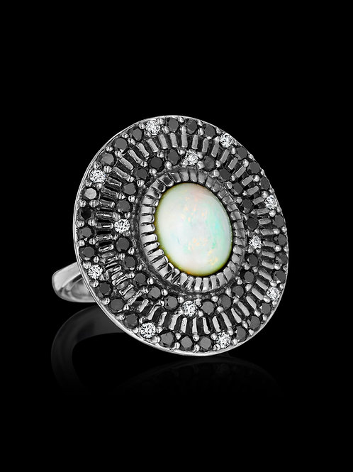 Opal, Black and White Diamonds 18K Gold Ring