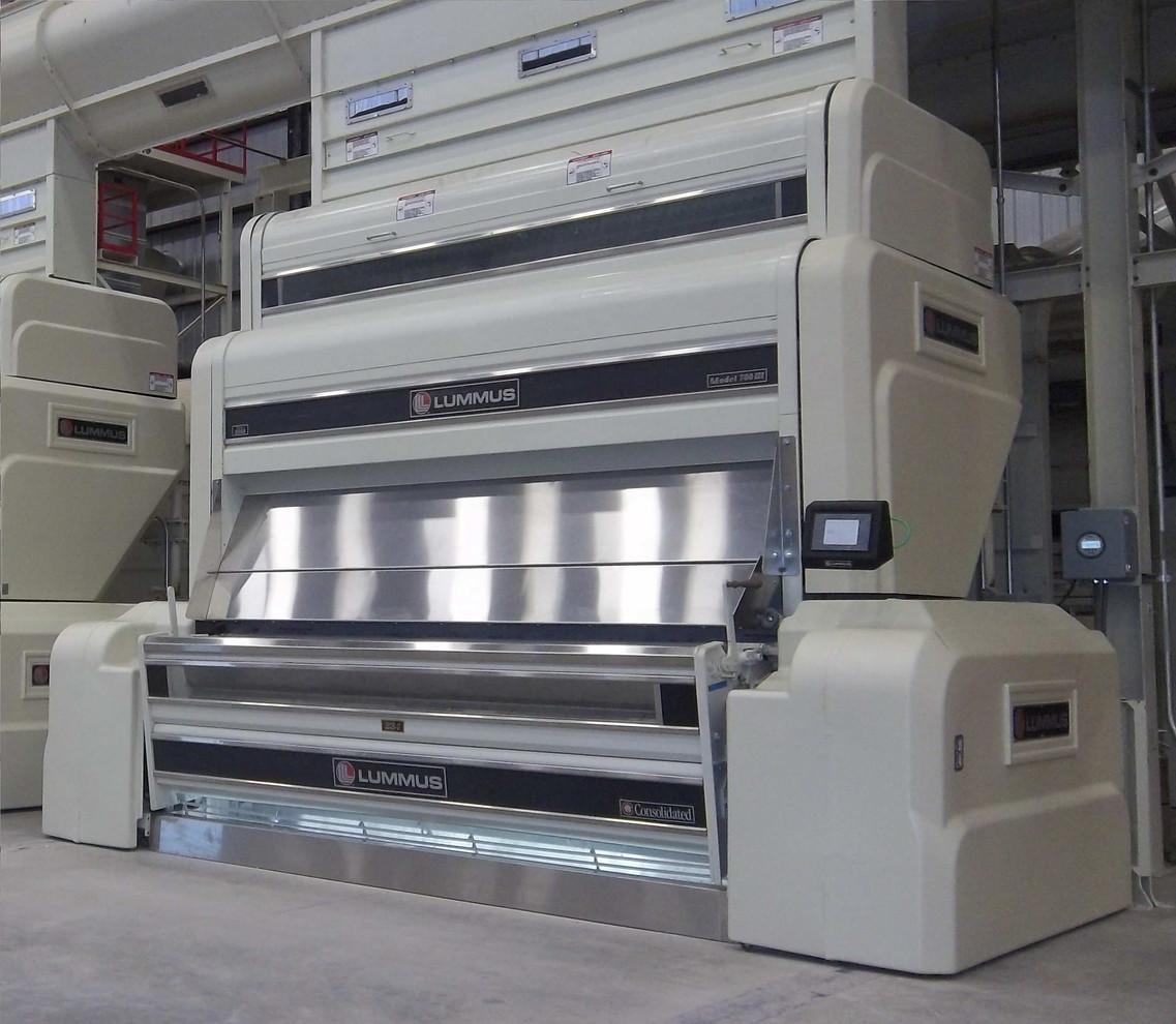 Model 700™ III Feeder over 234-Saw Gin